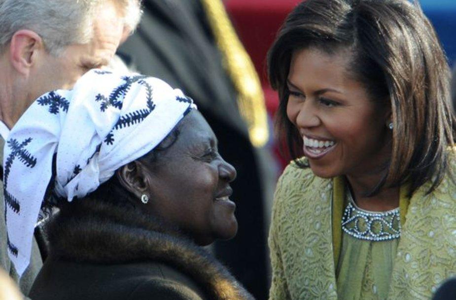 Baracko Obamos pamotė Kezia Obama su Michelle Obama