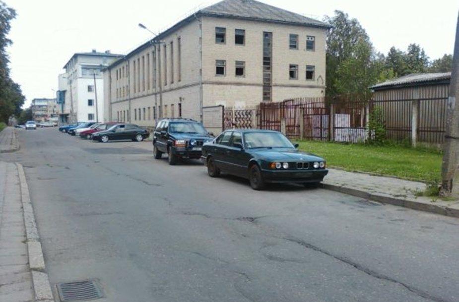 Apleistas BMW Panevėžyje