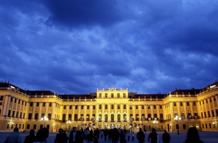Schoenbrunno rūmai Vienoje