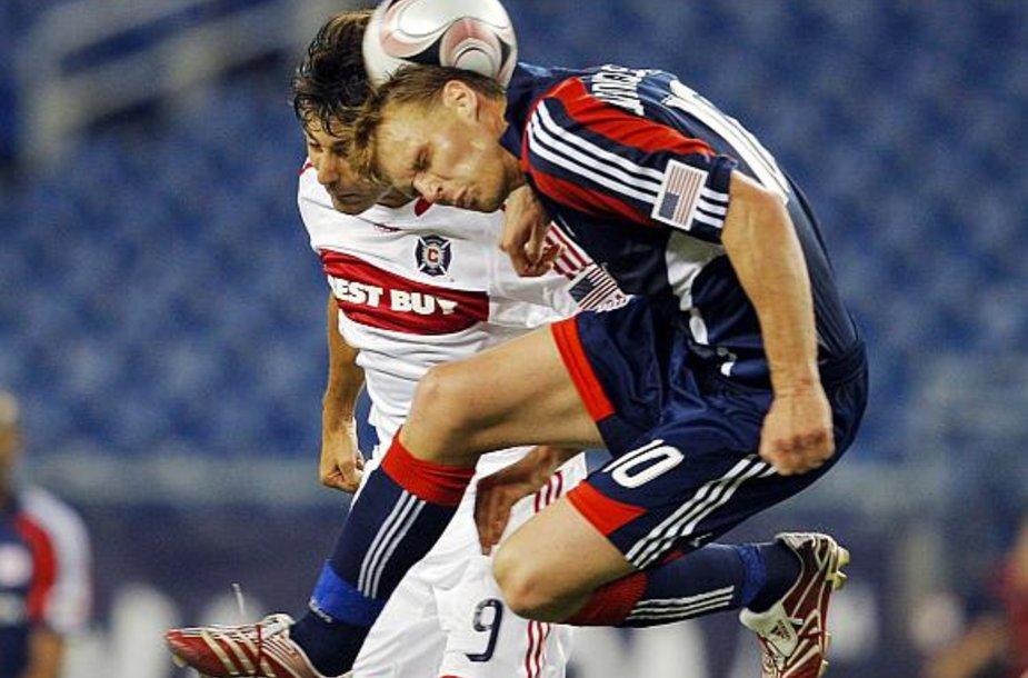 Edgaras Jankauskas kovoja dėl kamuolio