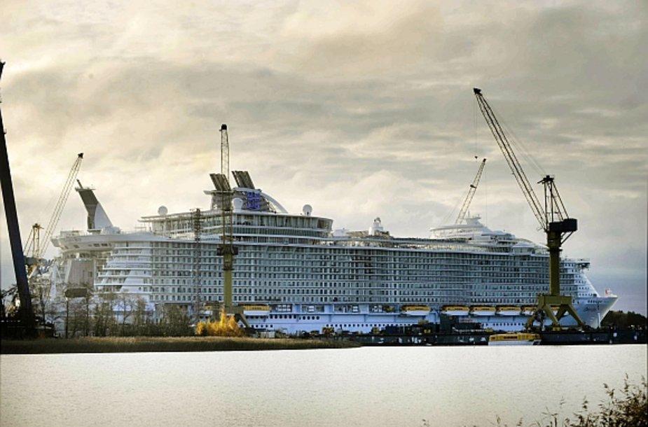 """Oasis of the Seas"" Turku uoste"