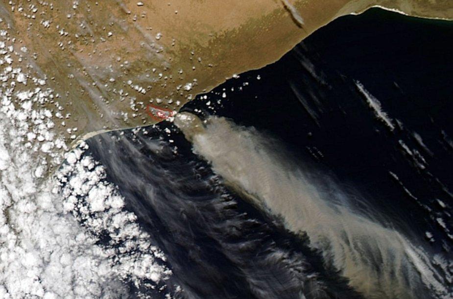 Australijos gaisrai matomi ir iš kosmoso.