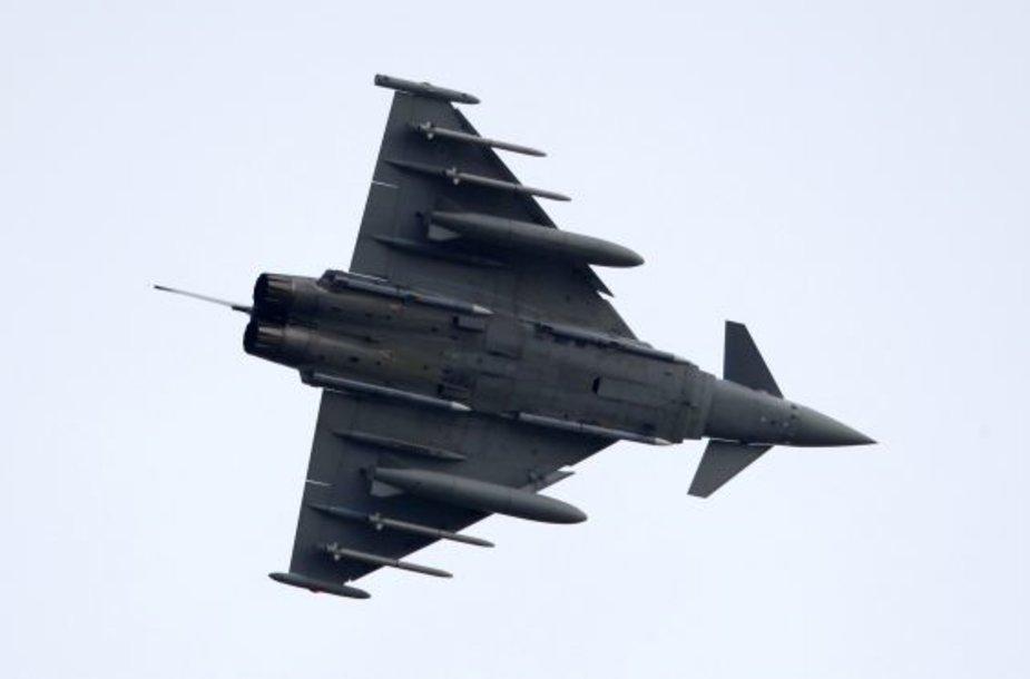 """Didžiosios Britanijos naikintuvas """"Eurofighter EF-2000 Typhoon"""""""