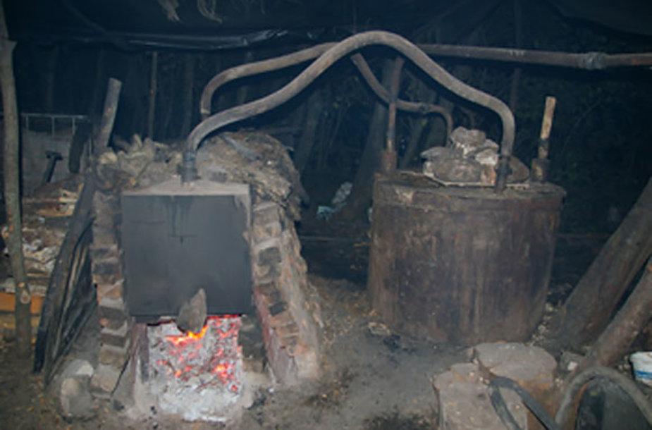Naminės degtinės fabrikėlis