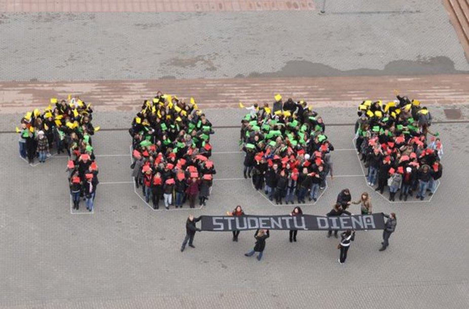 Studentų šventės akimirka Panevėžyje