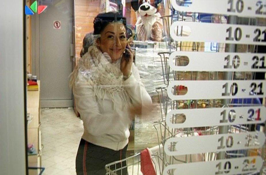 I.Jurgelėvičiūtė parduotuvėje