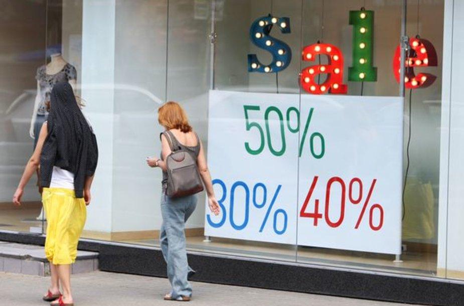 Pastaruoju metu populiarėja darnaus vartojimo sąvoka: pirkti tik tai, kas būtina.