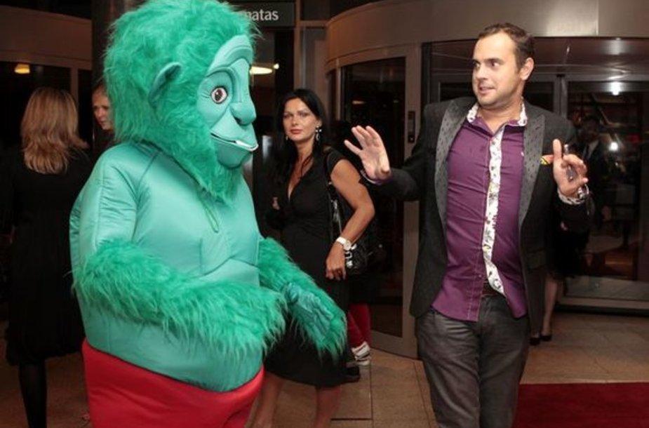 Žalia beždžionė su Jogaila Morkūnu
