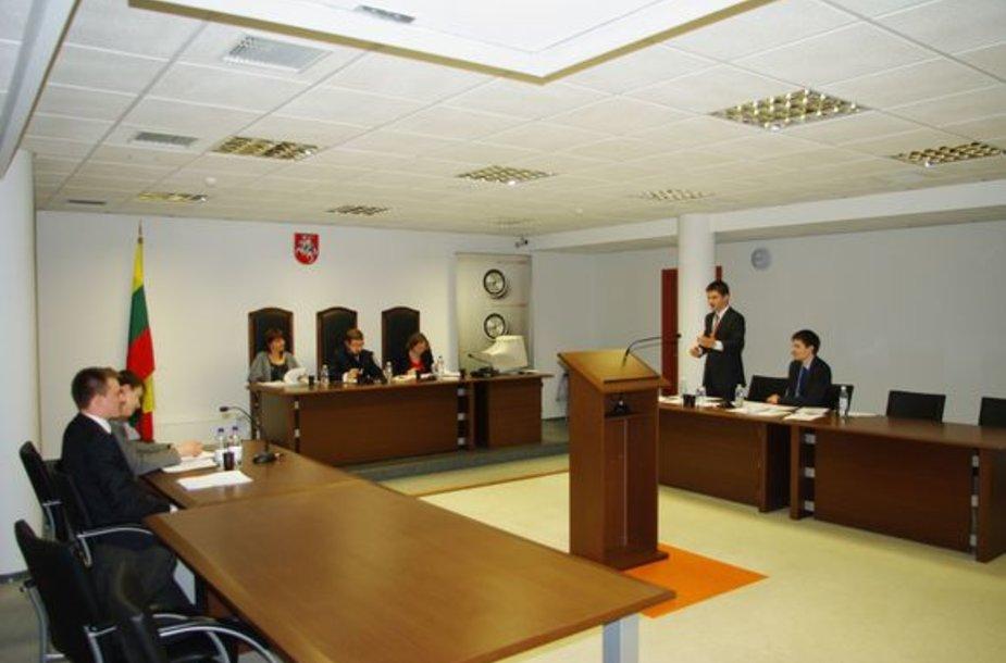 """Teisminio proceso inscenizacijos """"STart 2010"""" pusfinalis"""