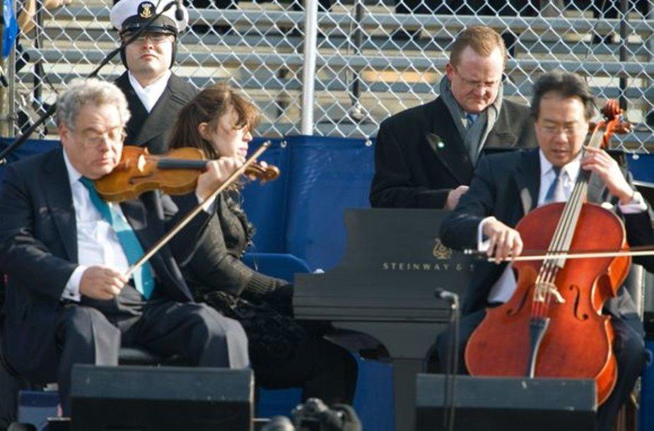 Per Obamos inauguraciją kvartetas griežė pagal fonogramą.