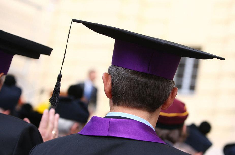 Iškilminga studijų metų pradžios INITIUM SEMESTRI ceremonija Vilniaus universiteto Didžiajame kieme.