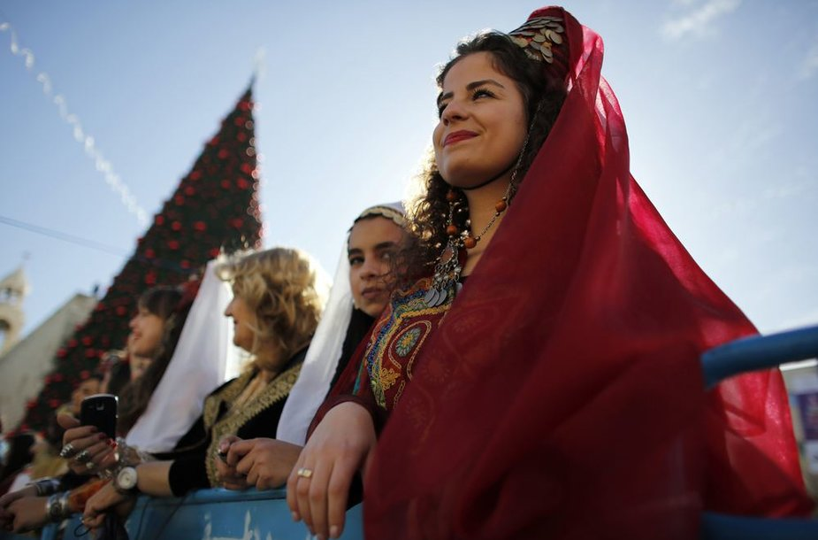 Tūkstančiai žmonių susirinko sutikti Kalėdas Betliejuje.