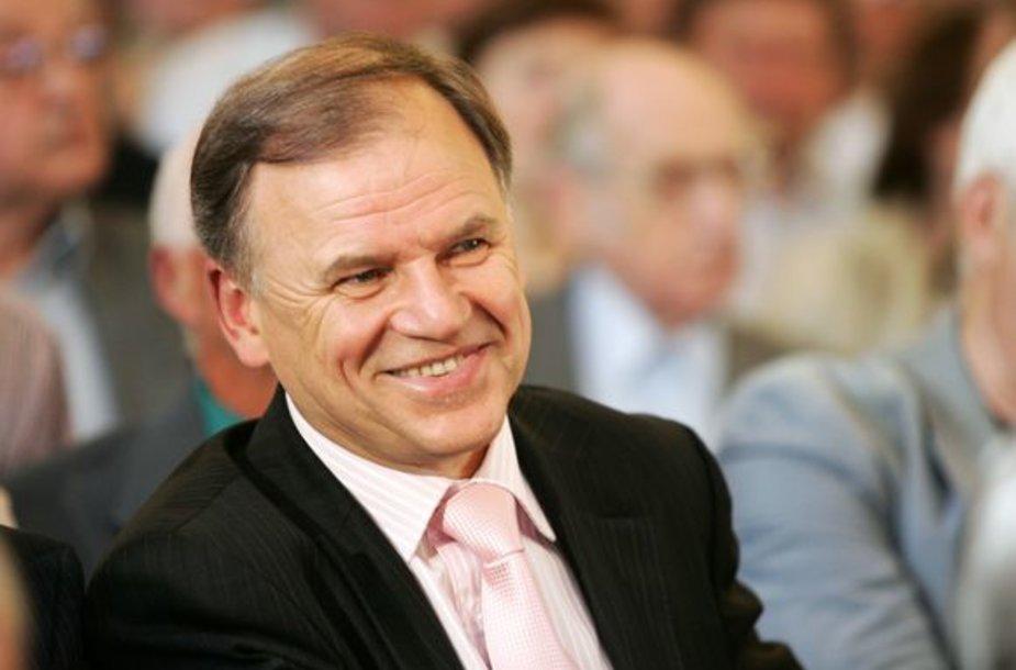 V.Andriukaitis