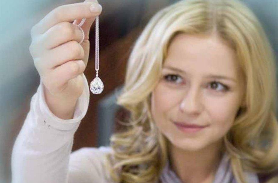 """LNK pradeda rodyti naują Vokietijos televizijos CDF dramą """"Alisa. Širdžiai neįsakysi""""."""