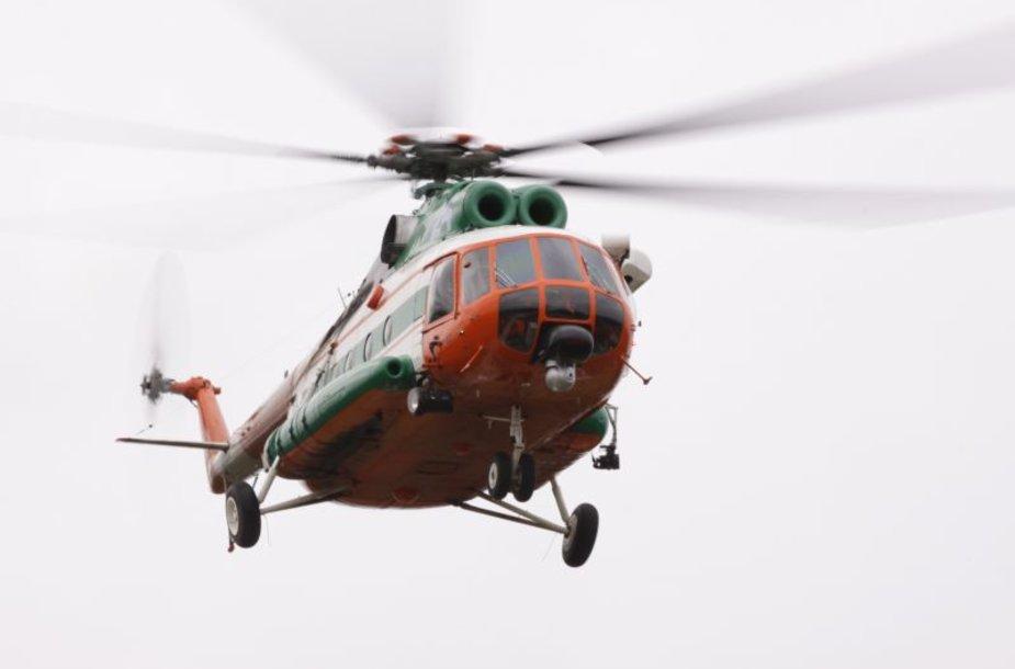 Žvejybos kontrolei pasitelktas Karinių oro pajėgų sraigtasparnis Mi-8.