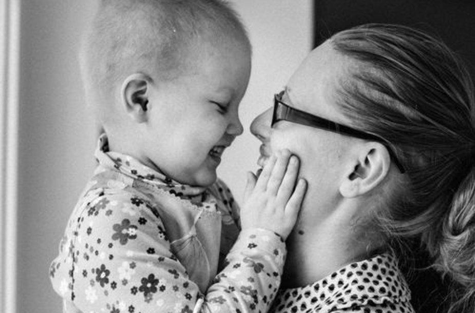 Vaikas ir mama