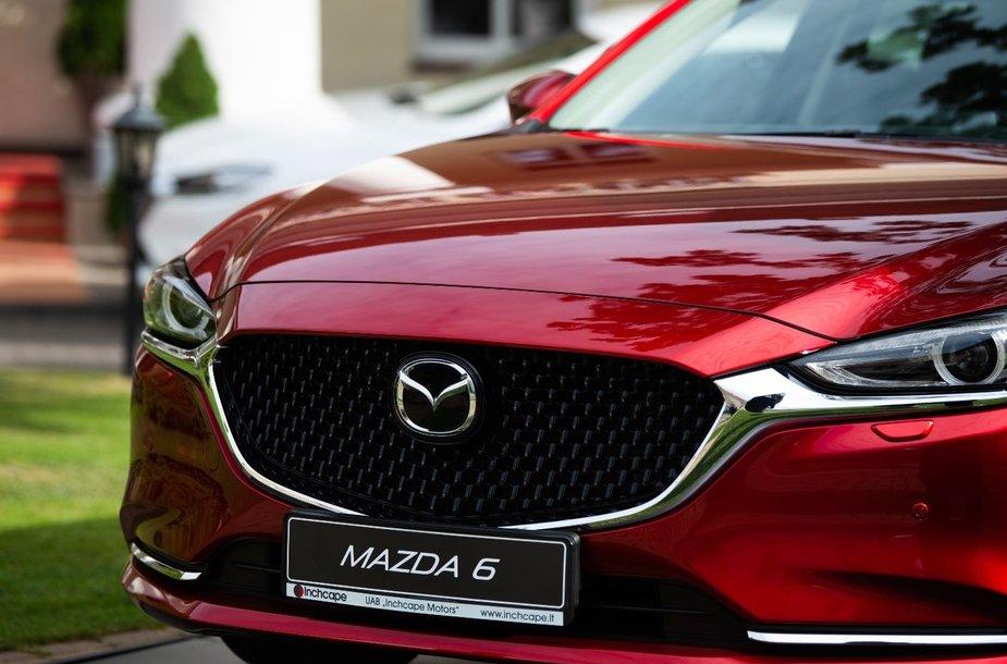 """Naujoji jau ketvirtos kartos """"Mazda 6"""""""