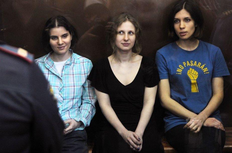"""""""Pussy Riot"""" merginų teismas"""