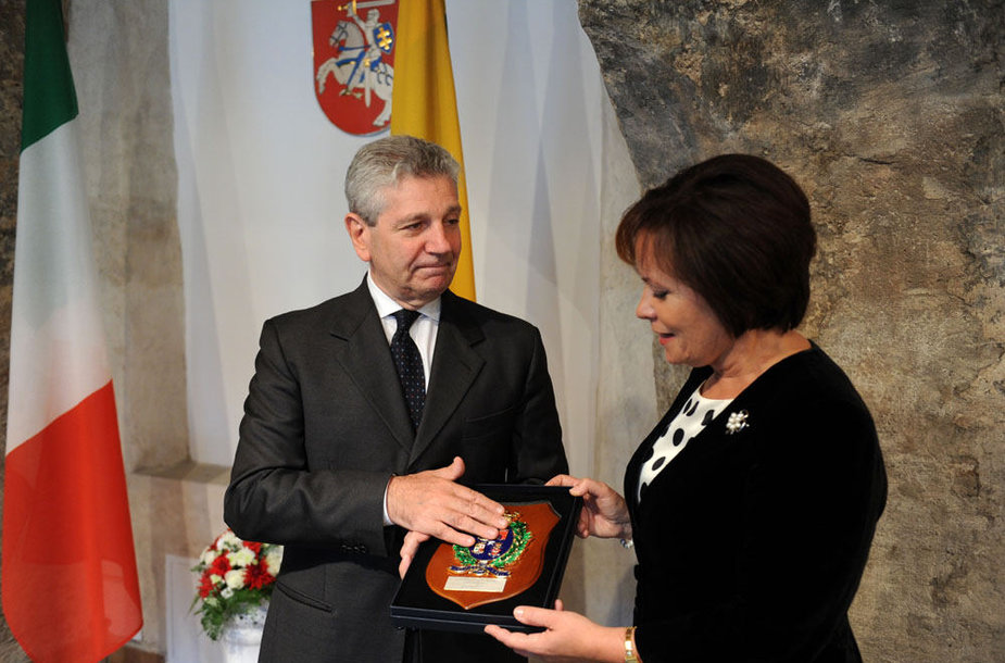 Krašto apsaugos ministrė susitiko su su Italijos gynybos ministru Giampaolo Di Paola