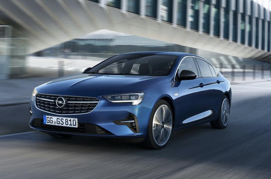 """Atnaujinta """"Opel Insignia"""""""