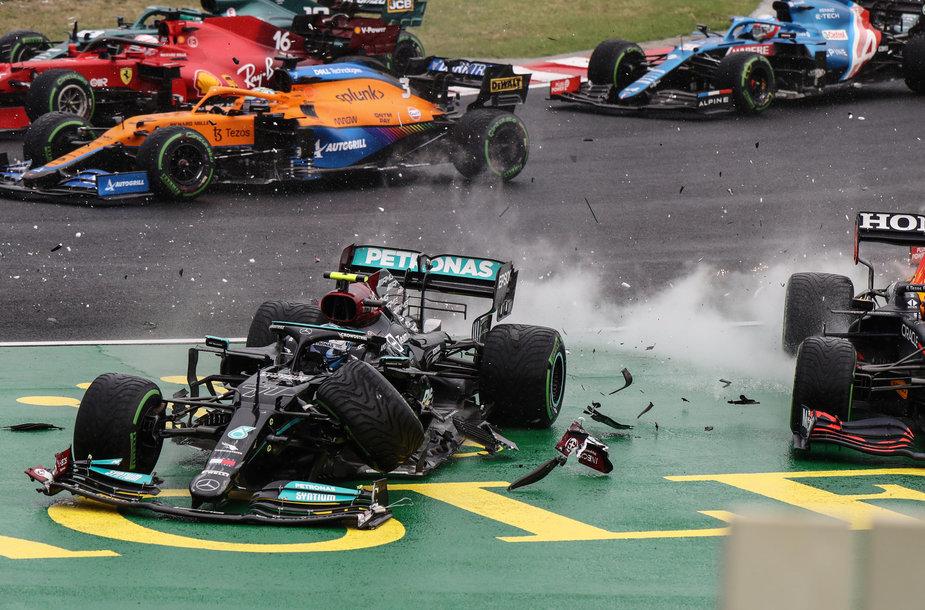 Avarijomis prasidėjusi Formulė 1 Vengrijos GP