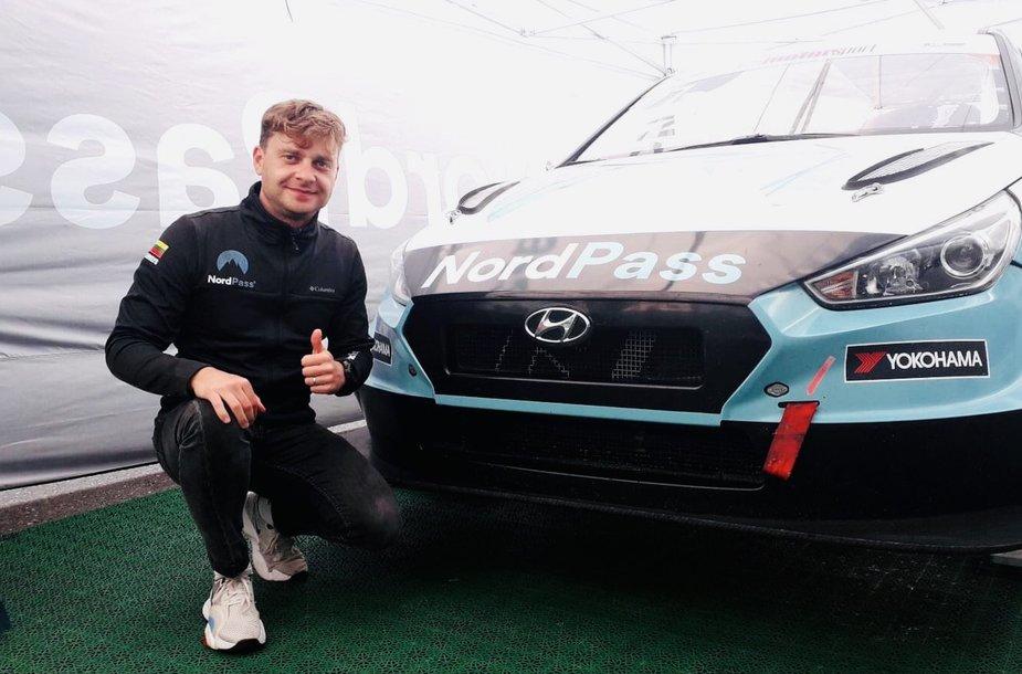"Jonas Karklys ""ADAC TCR Germany"" etape  Hockenheime"