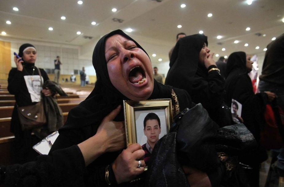 Egipto miestus Port Saidą ir Kairą siaubia riaušininkai