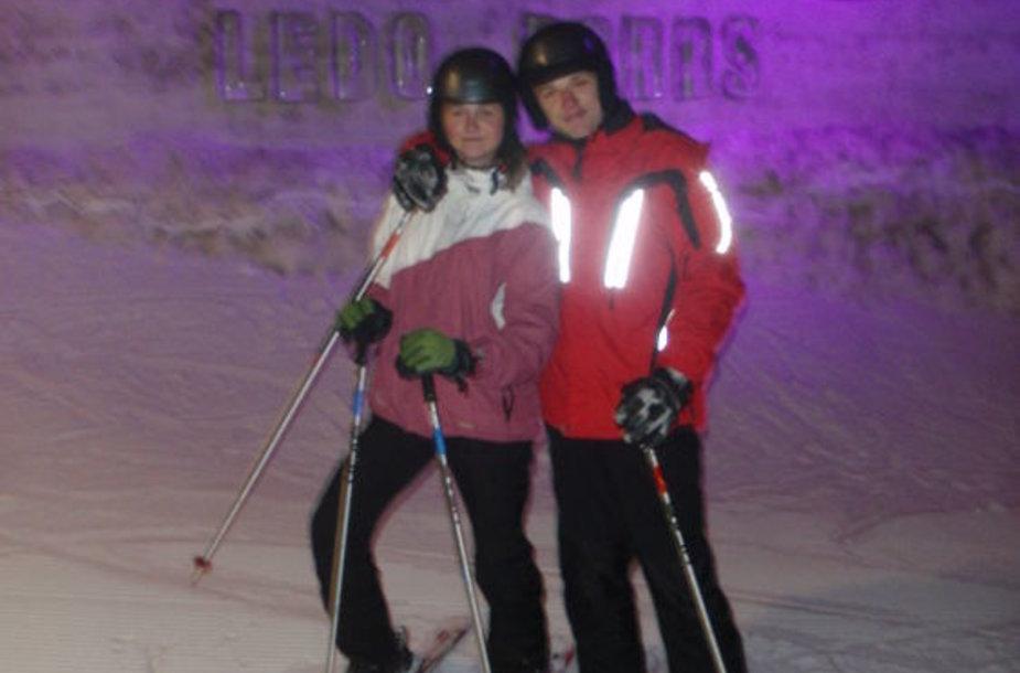 Agnė L. mėgsta slidinėti.