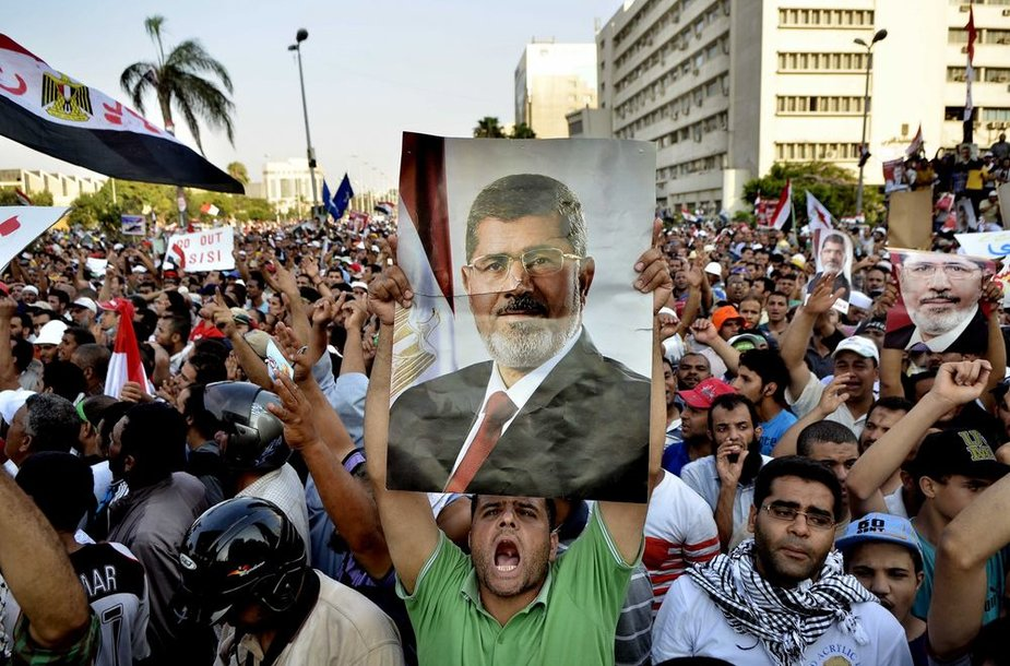 Kaire liejosi nušalinto prezidento M.Mursi rėmėjų kraujas