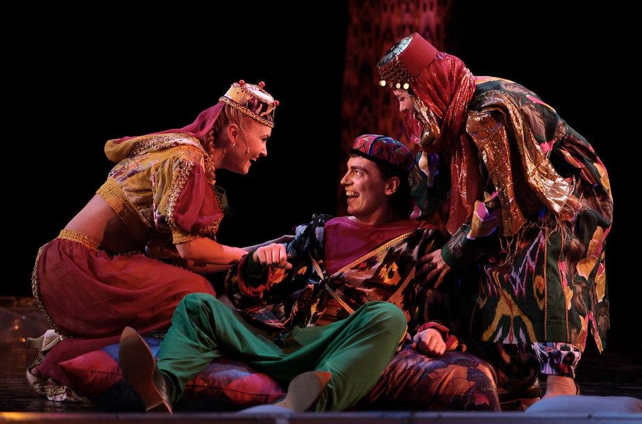 "Teatro ""Na Basmannoj"" spektaklis ""Stebuklinga Aladino lempa"""