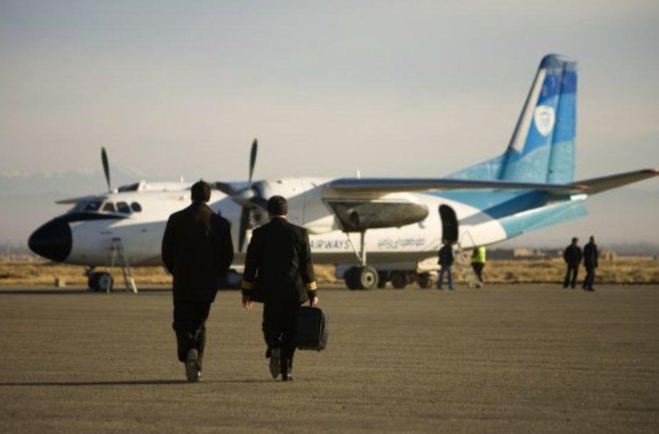 PAMIR AIRWAYS lėktuvas