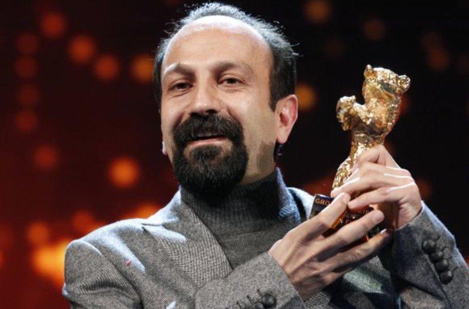 """Filmo """"Naderas ir Simin. Išsiskyrimas"""" režisierius A.Farhadi"""