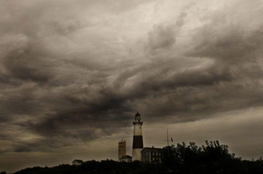 Niujorkas sustingo prieš uragano Irena smūgį