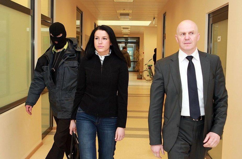 Laimutės Stankūnaitės advokatas Gintaras Černiauskas teigia net nežinantis, kur ji su dukra gyvena.