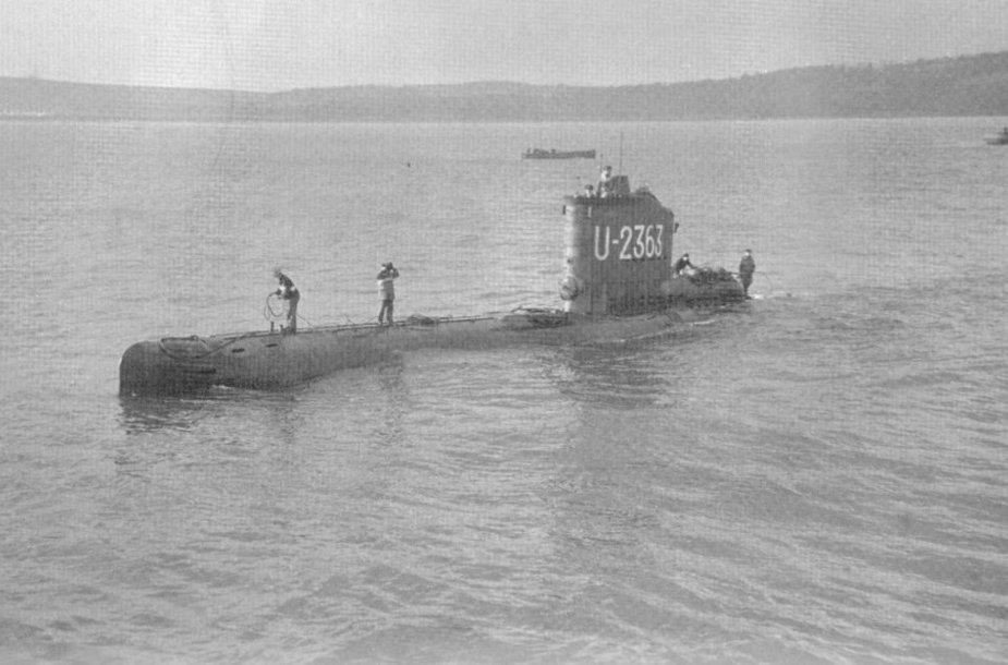 Antrojo pasaulinio karo meto vokiečių povandeninis laivas