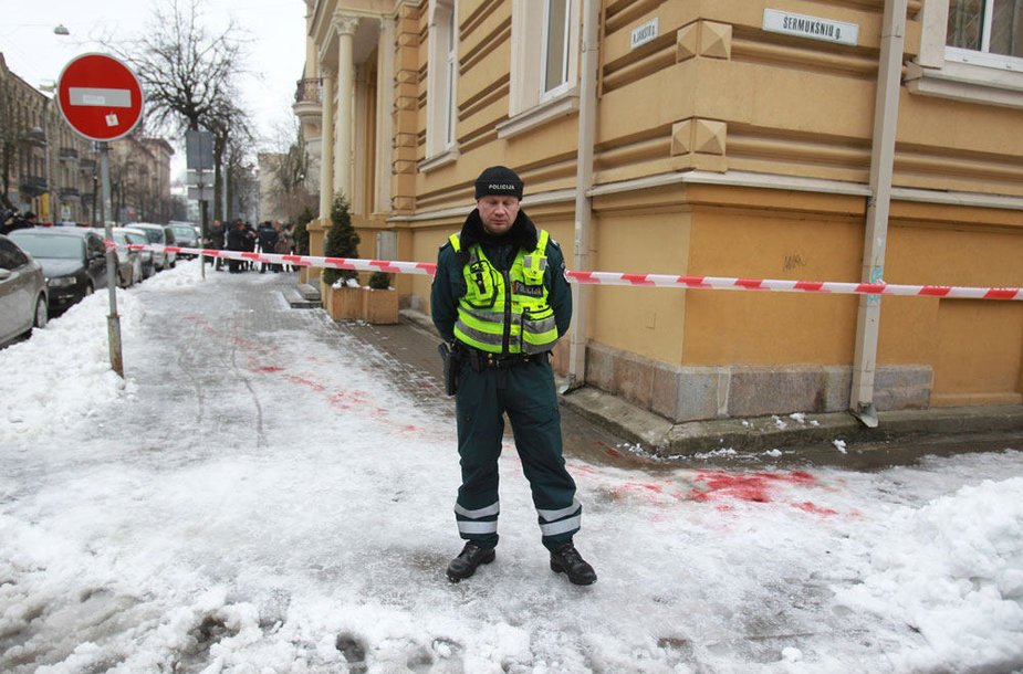 Įvykio vietoje Vilniuje prie STT pastato