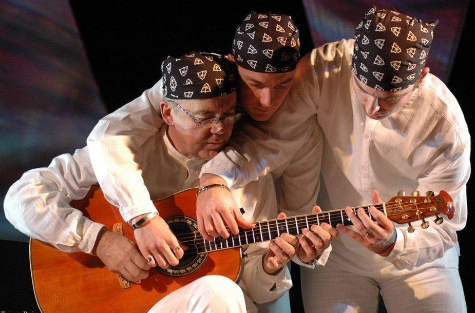 """""""Balkan Strings"""" trio iš Serbijos"""