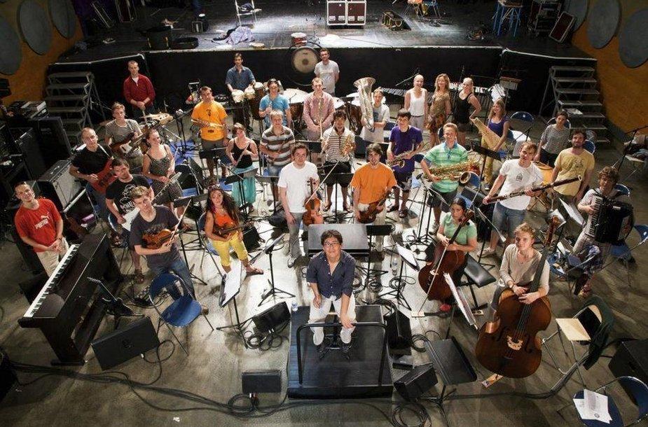 Tarptautinis keliaujantis jaunimo orkestras