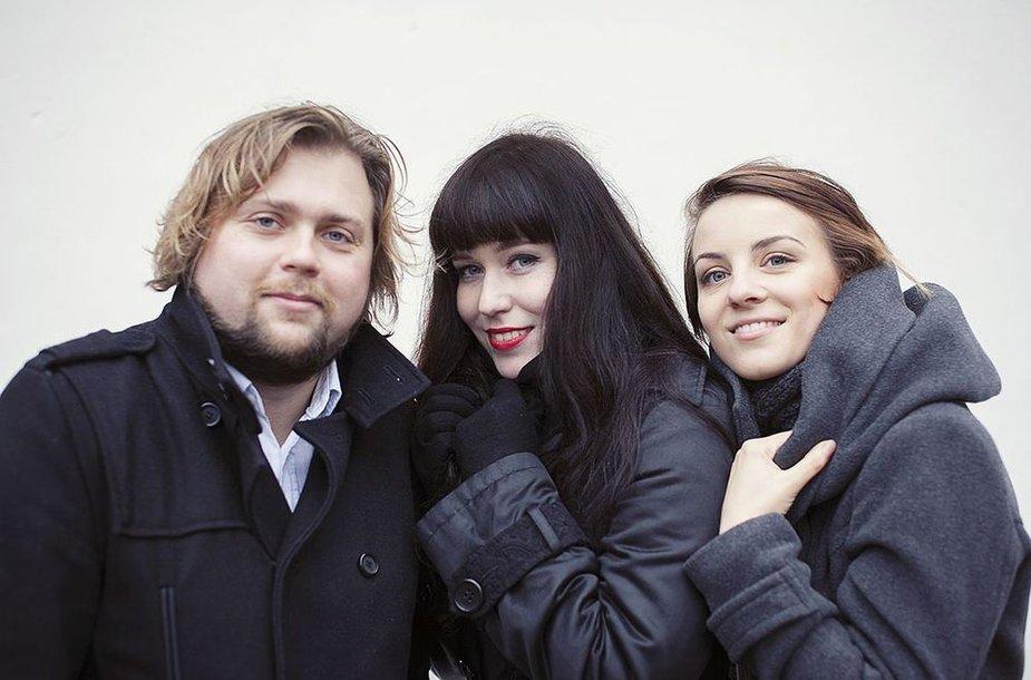 """Muzikinio projekto """"Baroque Contempo"""" kūrėjai Karolina Glinskaitė, Silvija Pankūnaitė ir Vytis Smolskas."""