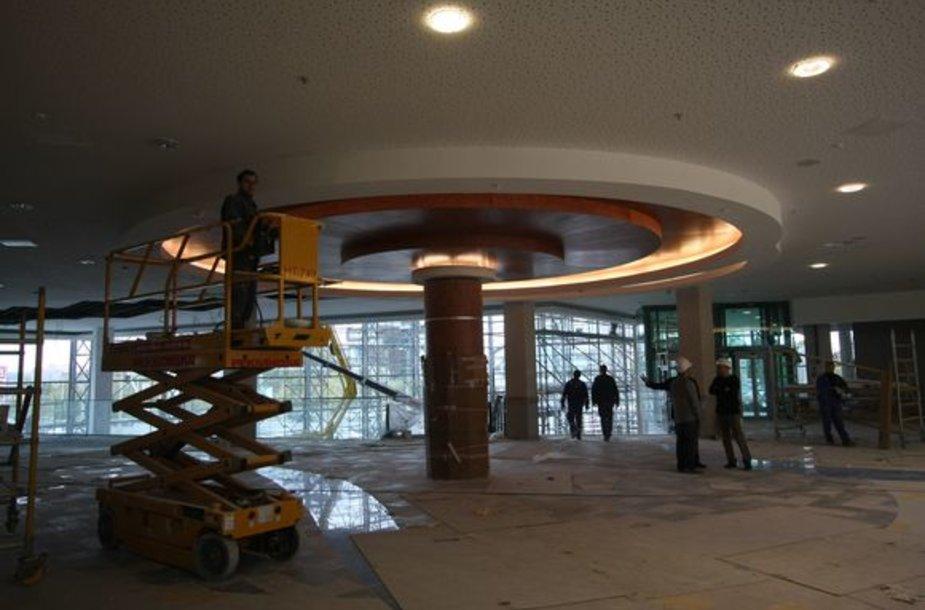 """Naujas prekybos centras """"Panorama"""" miestiečius vilios erdvumu ir patogumu."""