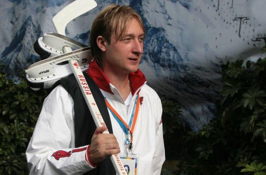J.Pliuščenko planuoja sugrįžimą ant ledo.