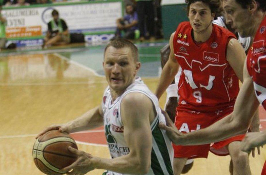 R.Kaukėnas buvo rezultatyviausias - pelnė 17 taškų.
