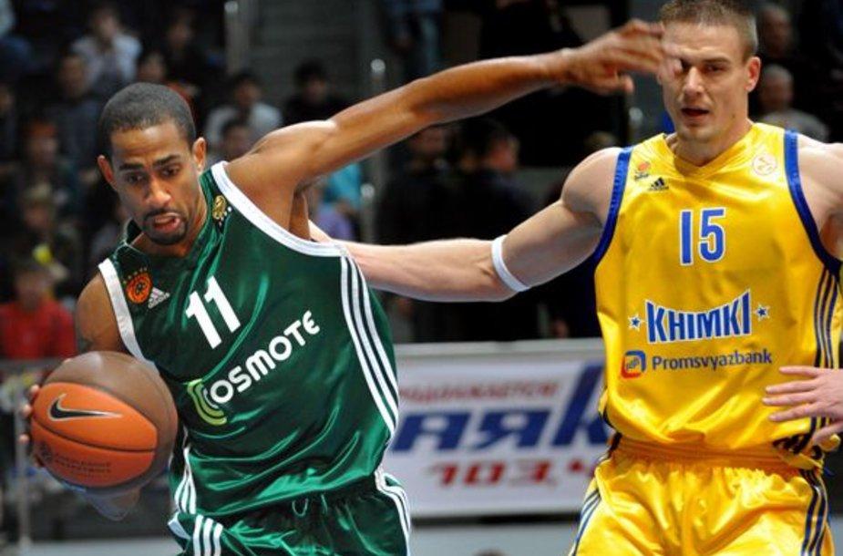 """Titulą ginantys """"Panathinaikos"""" krepšininkai įveikė """"Chimki"""" ir svečiuose"""