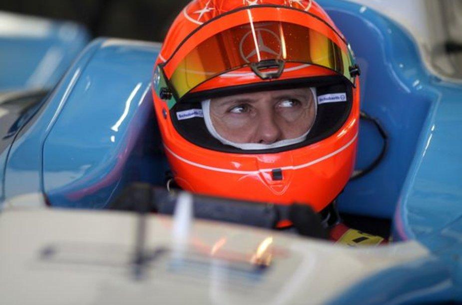 M.Schumacheris turės nedaug laiko naujam sezonui pasirengti