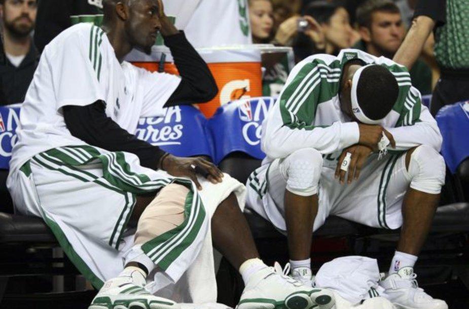 """Bostono komandos lyderiams nepavyko įveikti """"Magic"""""""