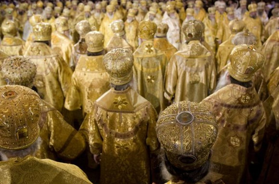 Europoje tebejaučiama Stačiatikių bažnyčios įtaka.