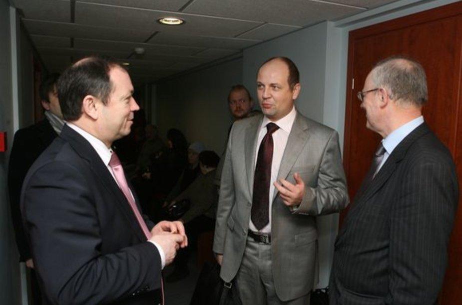 Baudžiamoji byla, kurioje Vilniaus tarybos nario Vido Urbonavičiaus papirkimu kaltinami jo kolegos Audrius Butkevičius ir Gintaras Kazakas.