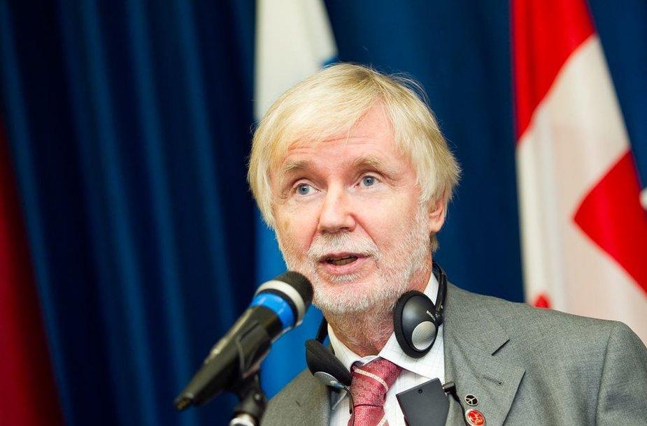 Erkki Tuomioja, Suomijos užsienio reikalų ministras