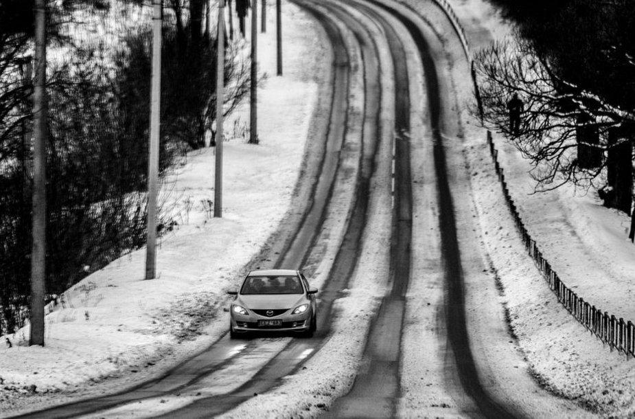 Sniegu nuklotas Vilnius.
