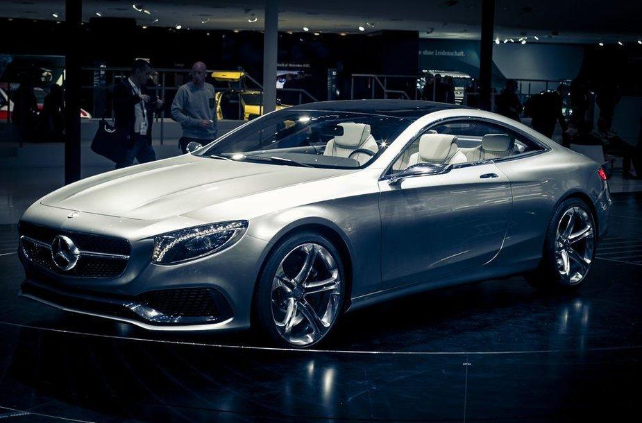 """""""Mercedes-Benz"""" S klasės kupė konceptas"""
